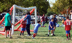 Group of kids participating in Challenge Sports Soccer
