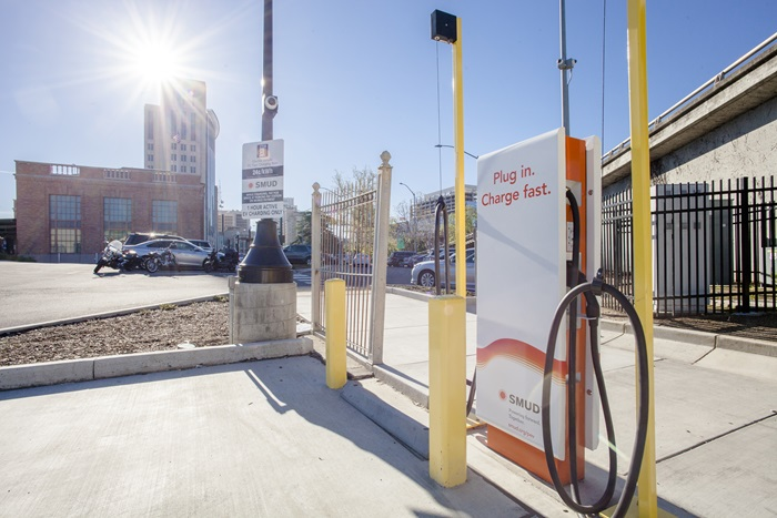 A SMUD FastCharger at the Sacramento Valley Station