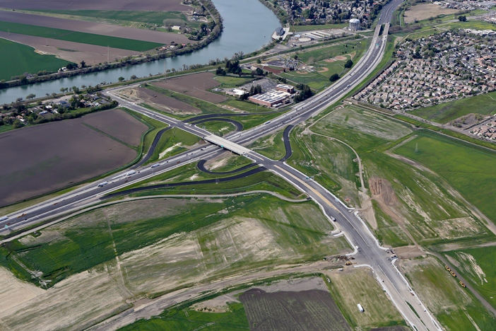 Cosumnes River Blvd  Extension and Interchange at I-5 - City